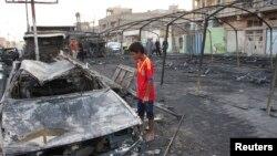 Hiện trường sau một vụ đánh bom tự sát ở Iraq.