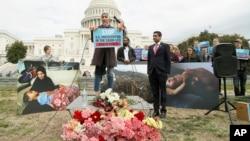 یمن جنگ سے امریکی حمایت ختم کرنے کی سینیٹ کی قرار داد کے حق میں واشنگٹن میں مظاہرہ۔ 13 دسمبر 2018