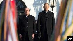 Presiden AS Barack Obama dan Presiden Perancis François Hollande dalam upacara penyambutan resmi di Gedung Putih, Selasa, 11 Februari 2014.