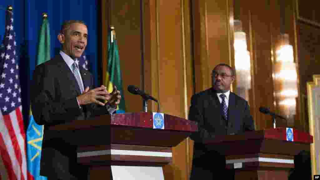 Le président Barack Obama prend la parole lors d'une conférence de presse avec le Premier ministre éthiopien Hailemariam Desalegn, le 27 juillet, 2015.