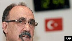 Phó Thủ tướng Thổ Nhĩ Kỳ phụ trách các vấn đề liên quan đến cộng hòa Cyprus, Besir Ataly