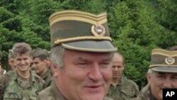 세르비아 군 지휘관 시절의 믈라디치 (자료사진)