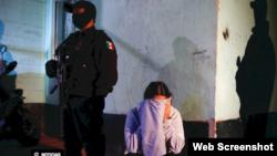 El trabajo, que tomó 8 meses y logró testimonios de 100 mujeres recluídas en cárceles federales, mostró cifras alarmantes de abusos.