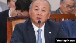 류우익 한국 통일부 장관. (자료사진)