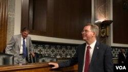 美國國防部主計長諾奎斯特(David Norquist)2019年7月24日到參議院軍委會作證(美國之音黎堡)