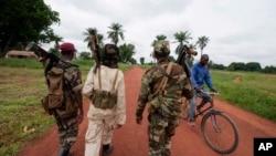Pemberontak Seleka di kota Bria, Republik Afrika Tengah. (Foto: Dok)