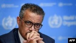 Le directeur général de l'Organisation mondiale de la santé (OMS), Tedros Adhanom Ghebreyesus, assiste à une conférence de presse quotidienne sur le nouveau coronavirus, ouCOVID-19, au siège de l'OMS le 2 mars 2020 à Genève. (Photo AFP)