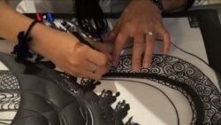 Melestarikan Seni Potong Kertas Tradisional China
