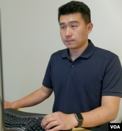 """Listia co-founder Gee Chuang says getting good people is important for a startup, """"people that know more than you, are better than you and can help what it is that you want to build."""" (M. O'Sullivan/VOA)"""