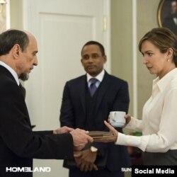 الیزابت مارول بازیگر نقش رئیس جمهوری منتخب آمریکا