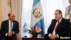 """El nuevo presidente electo de Guatemala, Alejandro Giammattei, se reunió el martes con funcionarios estadounidenses horas antes de asumir el cargo con la promesa de """"reconstruir"""" el país."""