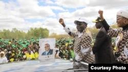 President Robert Mugabe campaigning in Mashonaland Central Province