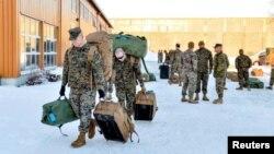 Американські морські піхотинці прибувають до Норвегії