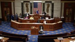 美国联邦众议院2021年9月21日晚间辩论和表决《2022财年国防授权法》(国会现场视频截图)