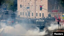 برخورد پلیس ترکیه با تظاهرکنندگان روز کارگر دراستانبول