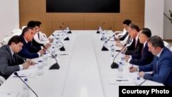 """""""Oppenheimer"""" sarmoya banki delegatsiyasi O'zbekistonda bo'ldi"""