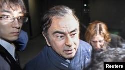 ဂ်ပန္ႏုိင္ငံက Nissan ကားကုမၼဏီ အႀကီးအကဲေဟာင္း Carlos Ghosn (ဧၿပီ၊ ၀၃၊ ၂၀၁၉)