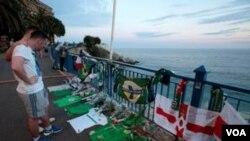 Deux personnes se souviennent d'un fan de la République d'Irlande du Nord décédé des suites d'une chute d'une banque de huit mètres de haut