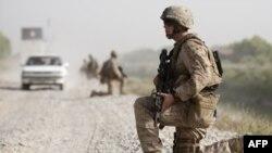 Binh sĩ Hoa Kỳ tuần tra trong tỉnh Helmand ở miền Nam Afghanistan