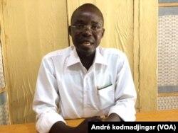 Ndingamnayal Nely Versinis, président du Collectif tchadien contre la Vie Chère, au Tchad, le 9 juillet 2017. (VOA/André kodmadjingar)
