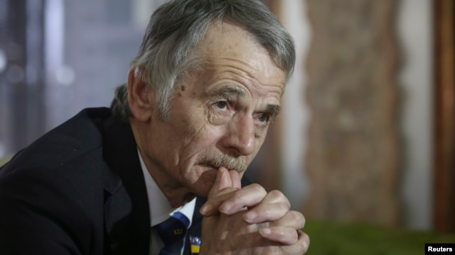 FILE- Crimean Tatars leader Mustafa Dzhemilev during an interview with Reuters in Kyiv, Ukraine, March 15, 2014.