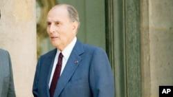 L'ancien président français François Mitterrand, en exercice au moment du génocide au Rwanda, à Paris, France, 11 juillet 1994.