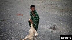 Un garçon dans un village près de Loiyangalani, Kenya, 21 mars 2017.