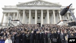 В Америке прошла минута молчания в память о пострадавших в Аризоне