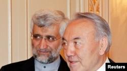 سعید جلیلی و رییس جمهوری قزاقستان، دوشنبه ۲۵ فوریه ۲۰۱۳ در آلماتی.