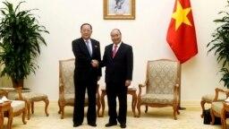 Bộ trưởng Ngoại giao Triều Tiên Ri Yong Ho gặp Thủ tướng Việt Nam Nguyễn Xuân Phúc,1/12/2018