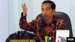 Presiden Jokowi mengeluarkan tiga instruksi untuk menyelesaikan insiden di Tolikara Papua Jumat (17/7) lalu (foto: VOA/Andylala).