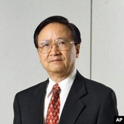 Prof. Yin Nai Ping of National Chengchi University国立政治大学教授殷乃平(殷乃平提供给大卫)