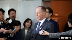 资料照片:美国助理国务卿史达伟在首尔韩国外交部回答记者提问。(2019年11月6日)
