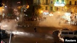 Під час протестів у Каїрі поліція застосувала сльозогінний газ