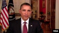 Presiden Amerika Barack Obama tampil dalam pidato mingguannya, Sabtu, 8 Januari 2011.