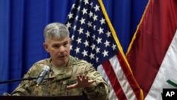 负责伊拉克和叙利亚打击伊斯兰国行动的国防部发言人沃伦上校 (资料照片)