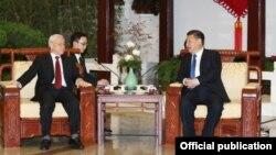 Tổng Bí thư Nguyễn Phú Trọng trong cuộc gặp với Chủ tịch Trung Quốc Tập Cận Bình hồi đầu năm nay.