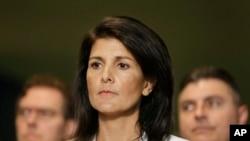 اقوام متحدہ کے لیے امریکی سفیر نکی ہیلے سلامتی کونسل کے اجلاس میں (فائل فوٹو)