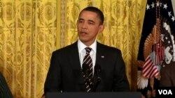 Obama dijo que es crucial reducir los gastos innecesarios pero que el país no puede cercenarse el camino a la prosperidad.