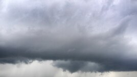 Tornado menghantam utara Solomon, Kansas (14/4)