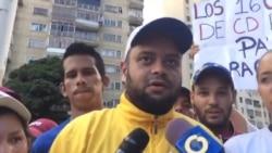 Jóvenes venezolanos rechazan muerte de estudiantes en protestas