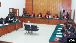 Sidang perdana Umar Patek di Pengadilan Negeri Jakarta, hari Senin (13/2).