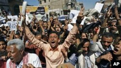 Médio Oriente: movimentos pro-democracia continuam o desafio aos regimes autoritários