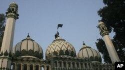 بابری مسجد: اراضی کی تین حصوں میں تقسیم پر سپریم کورٹ کی روک