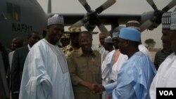 Le ministre de l'information nigérian Lai Mohammed arrrive à Maiduguri, dans l'Etat de Borno.