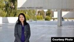 Nguyễn Hoàng Lan, một nghiên cứu sinh làm việc tại Trung tâm Dân chủ Lập hiến Đại học Indiana.