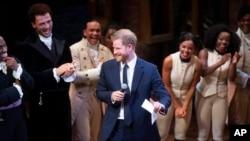 شاهزاده هری سازمانی خیریه برای کمک به کودکان در جوامع آسیب پذیر لسوتو راه اندازی کرده است