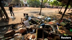 Một ngôi chợ tại Sit Kwin bị phá hủy hoàn toàn, ngày 29/3/2013.