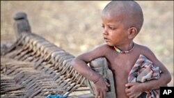 سیلاب سے متاثرہ 25 لاکھ بچے، امداد کے منتظر
