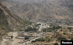 An overview of the border between Pakistan and Afghanistan in Torkham, Pakistan on June 16, 2016.